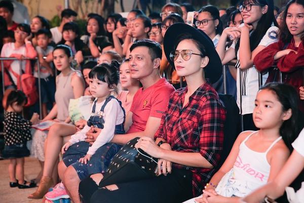 365 bất ngờ tái hợp diễn lại hit triệu view trong đại nhạc hội của Cô Ba Sài Gòn-10