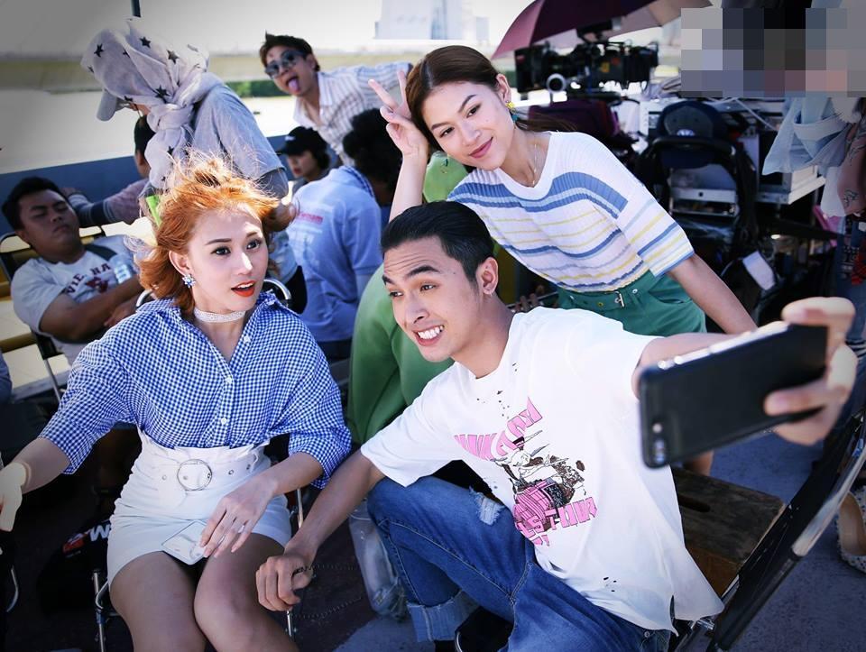 Hot girl - hot boy Việt 22/11: Hé lộ ảnh Châu Bùi cười quên trời đất thời nhất quỷ nhì ma-12