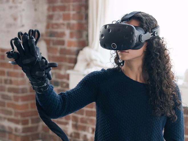 Điều kỳ diệu đến từ găng tay thực tế ảo thực tế nhất thế giới-1