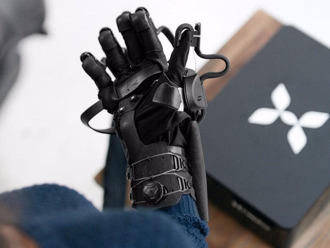 Điều kỳ diệu đến từ găng tay thực tế ảo thực tế nhất thế giới-2