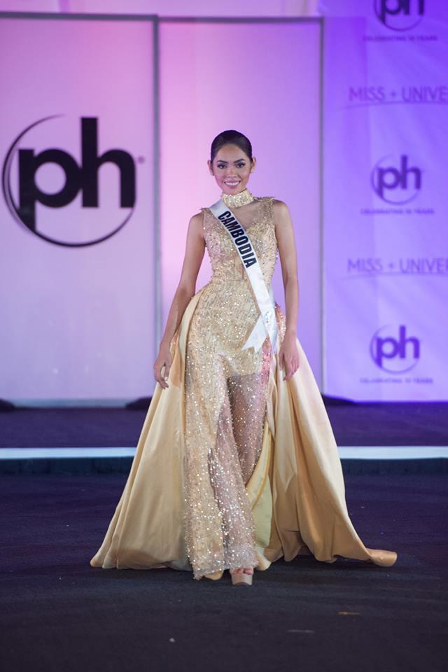 Những trang phục dạ hội đẹp xuất sắc tại bán kết Miss Universe 2017-8