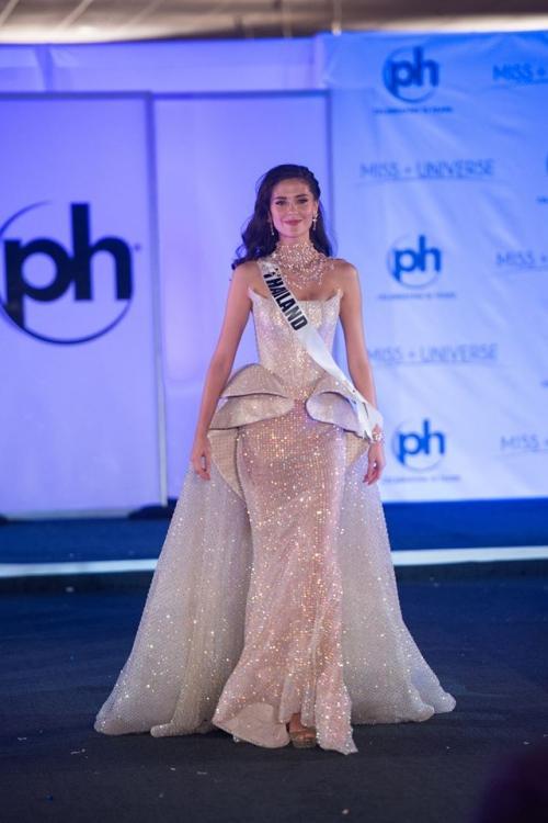 Những trang phục dạ hội đẹp xuất sắc tại bán kết Miss Universe 2017-7