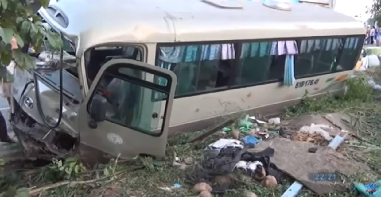 BẤT THƯỜNG: Không khởi tố vụ xe khách cán chết 2 cháu bé-2