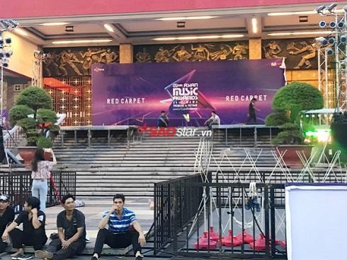 Siêu hot: Những hình ảnh lắp đặt đầu tiên của sân khấu MAMA tại Việt Nam