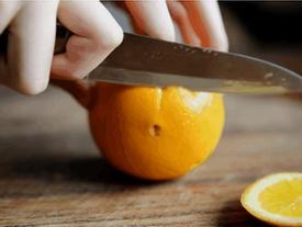 Cách bổ cam vừa đơn giản vừa sang chảnh đảm bảo chị em nhìn là thích