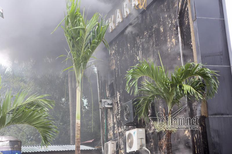 Hà Nội: Cháy lớn quán karaoke ở Linh Đàm-9