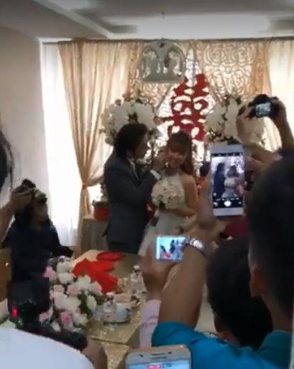 HOT: Đánh lừa công chúng, Khởi My và Kelvin Khánh đã bí mật tổ chức lễ cưới sáng nay-2