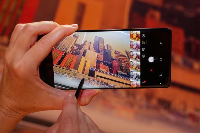 Trải nghiệm người dùng cơ bản với Note 8: Ấn tượng với S-Pen-3