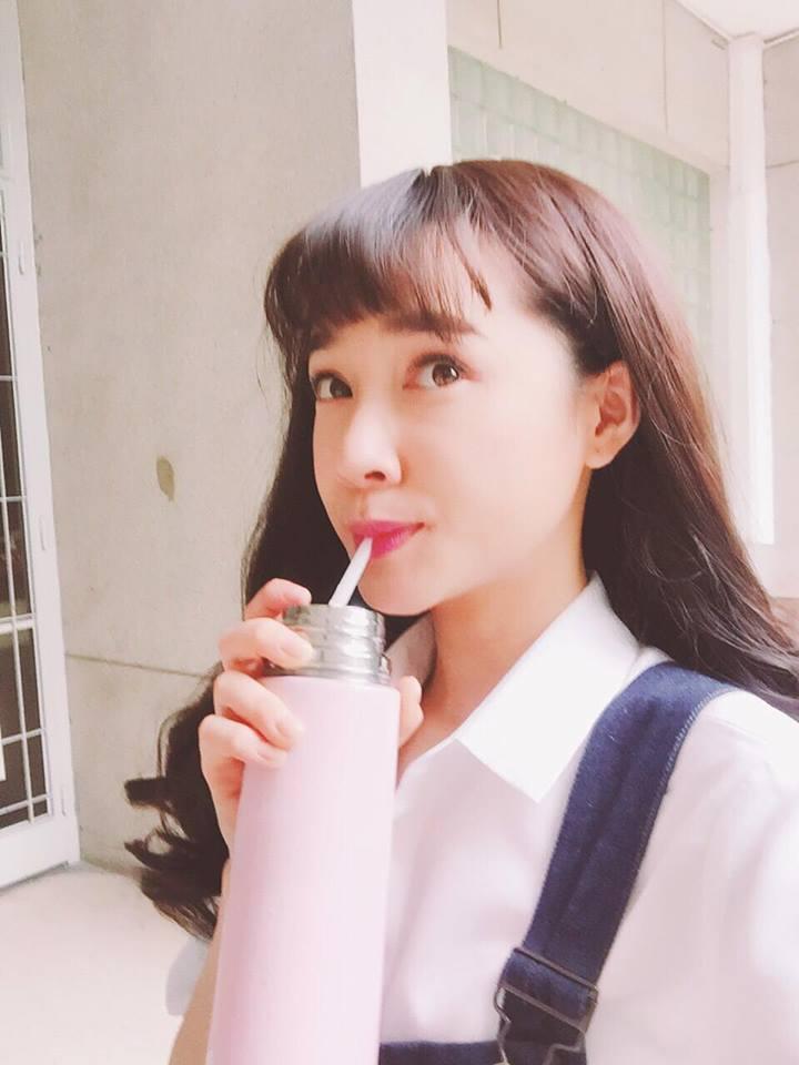 Tin sao Việt: Linh Chi đáp trả anti-fan khi bị chê bai chửi rủa-7