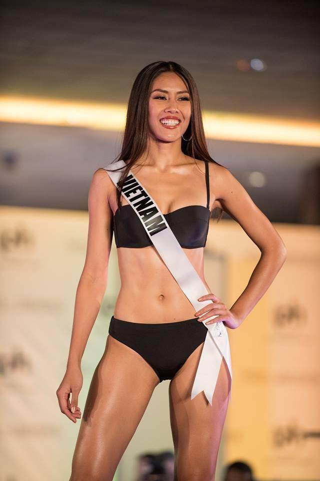 Cùng diễn bikini tại sân khấu Hoa hậu Hoàn vũ Thế giới, mỹ nhân Việt nào catwalk ấn tượng nhất?-10