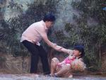 Sau Thủy Tiên, Việt Hương gây ám ảnh khi tái hiện màn gào thét vì bị lạm dụng tình dục
