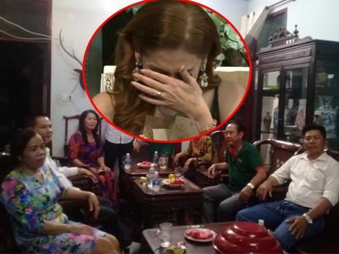 Lâm Khánh Chi: 'Bố mẹ chồng làm tôi rơi nước mắt chỉ vì một câu nói'