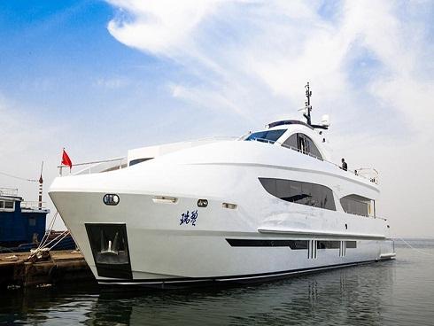 Siêu du thuyền Ruiying 125 sang trọng của Thành Long