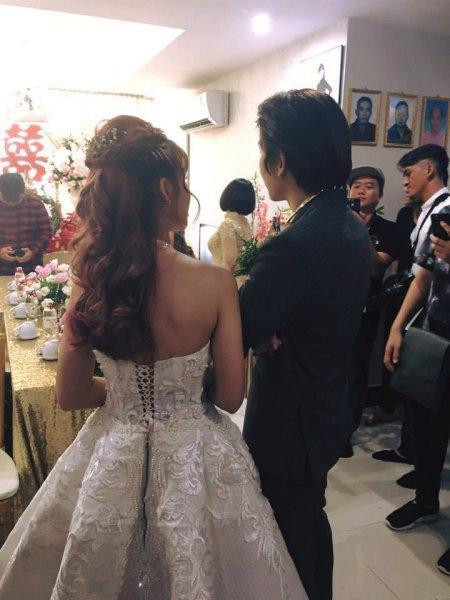 Sau tất cả, Khởi My vẫn trung thành với kiểu tóc này trong đám cưới về nhà chồng-2