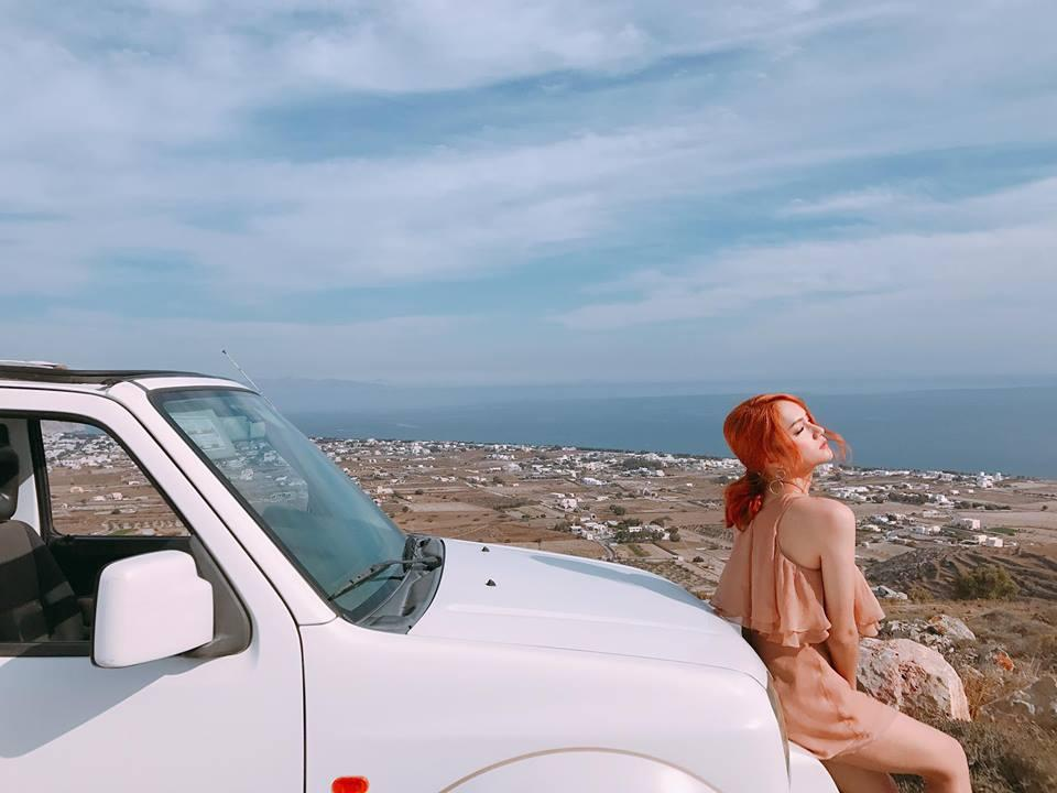 Hương Giang Idol khoe thân hình sexy, bỏng mắt trong MV mới-5