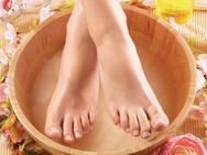 Nhìn xuống bàn chân xem bạn có những dấu hiệu thể hiện cuộc sống an nhàn, phú quý sau này hay không