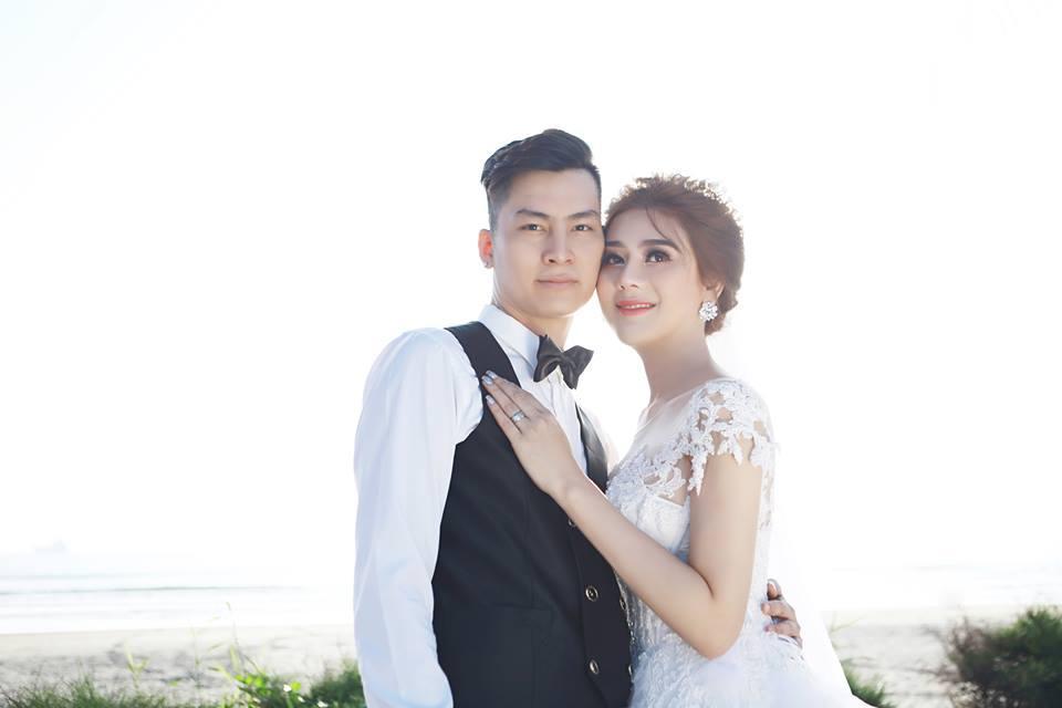 Ngắm bộ ảnh cưới lãng mạn trên biển của Lâm Khánh Chi và chồng trẻ-6
