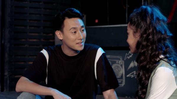 Glee: Cuối cùng thì Rocker Nguyễn cũng đã yêu Cindy V-1 'Glee': Cuối cùng thì Rocker Nguyễn cũng đã yêu Cindy V