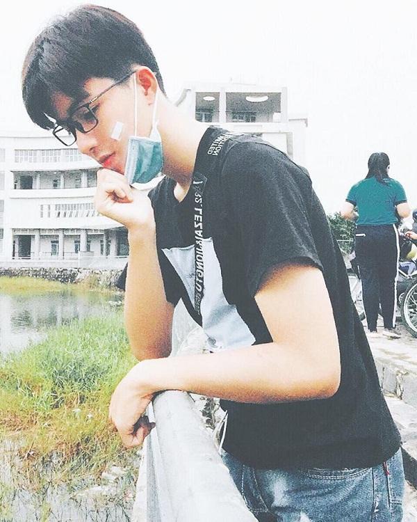 Mỹ nam Đồng Nai được khen đẹp hơn hoa chỉ với bức ảnh chụp tự sướng-2