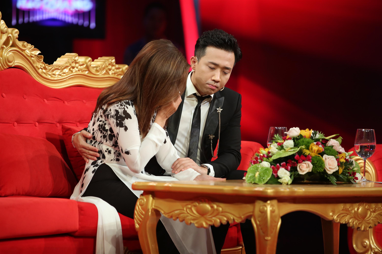 Danh ca Họa Mi lần đầu lên tiếng về scandal Bỏ chồng, tham phú phụ bần-3