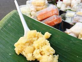 'Ngắm đã mắt, ăn đã miệng' ở gánh xôi 30 năm tuổi đẹp nhất Sài Gòn