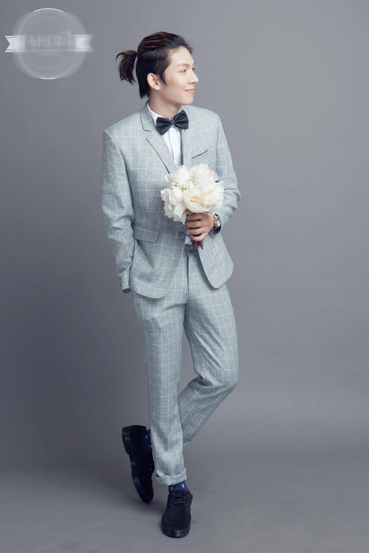 Khởi My mặc váy ôm sát gợi cảm trong bộ ảnh cưới với Kelvin Khánh-6 Khởi My mặc váy ôm sát gợi cảm trong bộ ảnh cưới với Kelvin Khánh