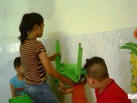 Công an điều tra vụ bạo hành trẻ em ở trường mầm non