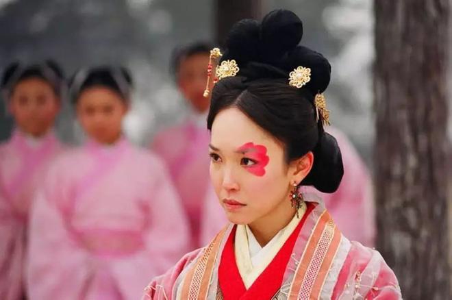 Số phận 5 người phụ nữ xấu xí nhất Trung Hoa: Kẻ bị ví như Dạ Xoa, người được làm Hoàng hậu-1
