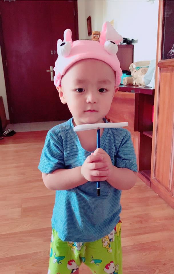 Hot girl - hot boy Việt 27/11: Phan Thành tình tứ ôm bạn gái từ phía sau-8
