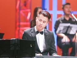 Nhạc sĩ mà Miu Lê 'google chỉ ra đàn piano' là ai?