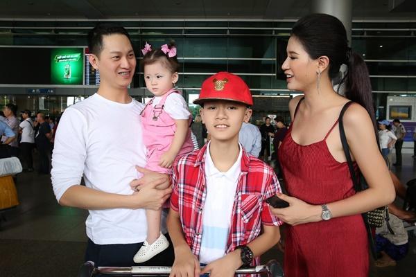 Cuối cùng thì Trang Trần cũng công khai ông xã bảnh bao từ Mỹ về dự sinh nhật con gái-8