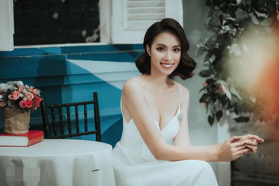 Nhan sắc đời thực của học trò Lan Khuê - thí sinh xuất sắc nhất tập 9 Hoa hậu Hoàn vũ Việt Nam-7