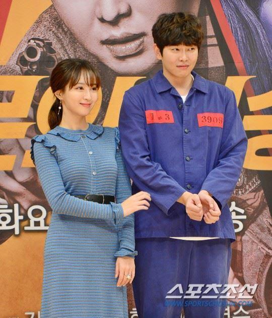 Sao Hàn 27/11: Cặp mỹ nam Lee Jung Jae, Jung Woo Sung tiết lộ tình cảm đặc biệt cho nhau-6