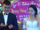 Cặp đôi hạnh phúc nhất năm: Người thân, họ hàng 'xếp hàng' trao vàng làm của hồi môn