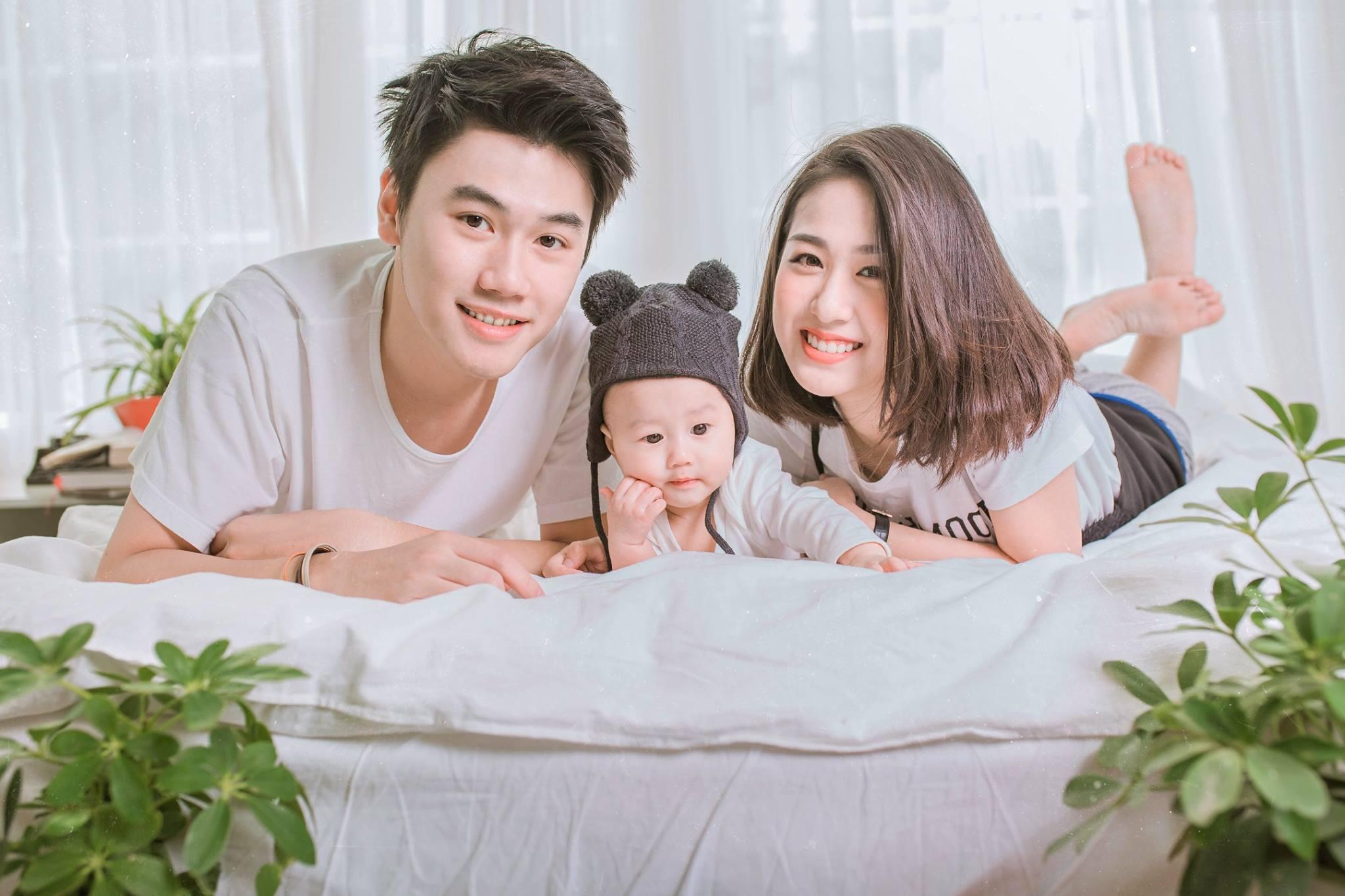 Tùng Sơn - Trang Lou trốn con xuất ngoại sang Hàn kỷ niệm 2 năm ngày cưới-1