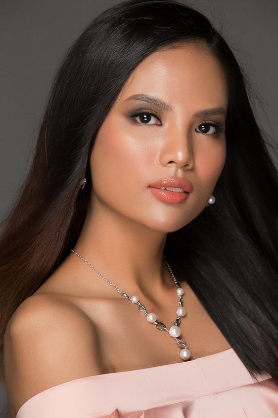 Những nhan sắc Đại học Ngoại Thương đáng gờm tại Hoa hậu Hoàn vũ Việt Nam 2017-6
