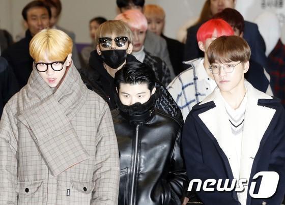 Di chuyển sang Nhật trao giải MAMA, Park Bo Gum cùng dàn Idol xứ Hàn khiến sân bay náo loạn-10