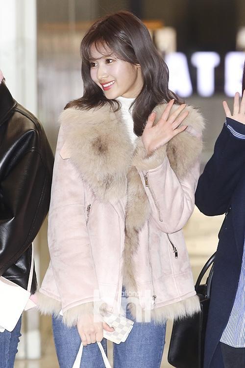 Di chuyển sang Nhật trao giải MAMA, Park Bo Gum cùng dàn Idol xứ Hàn khiến sân bay náo loạn-8