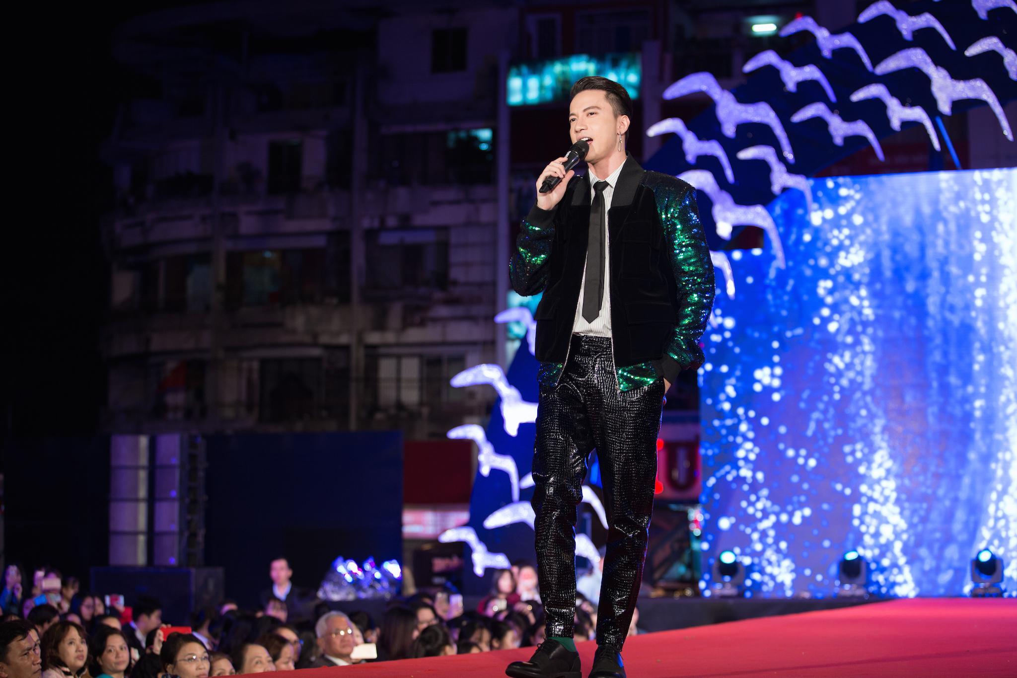 Jun Phạm và S.T mang nhạc phim Cô Ba Sài Gòn khuấy động LHP Việt Nam-3