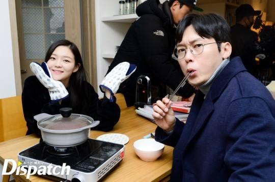 Sao Hàn 28/11: Búp bê xứ Hàn Han Chae Young trẻ trung như gái đôi mươi-5