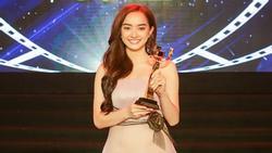 Lần đầu đóng phim, Kaity Nguyễn nhận luôn giải 'Nữ diễn viên chính xuất sắc'