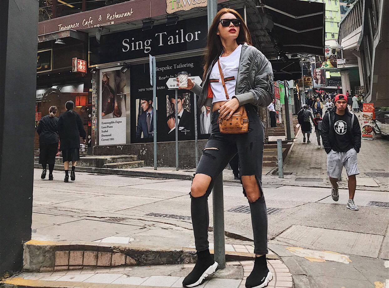 Angela Phương Trinh diện đồ bó sát khoe hông quả táo nổi bật nhất street style sao Việt tuần này-8