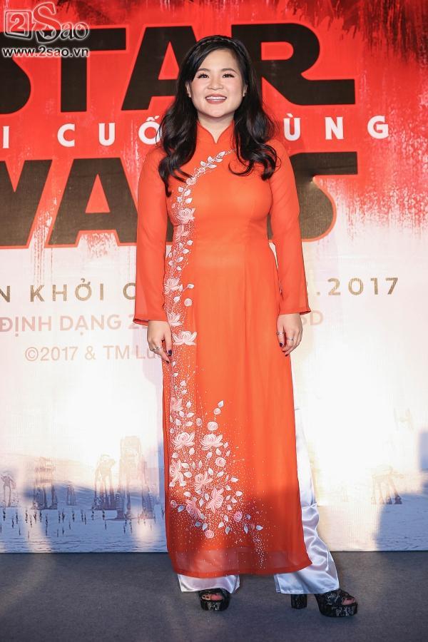 Ngô Thanh Vân và sao gốc Việt của Star Wars khoe sắc cùng áo dài-2