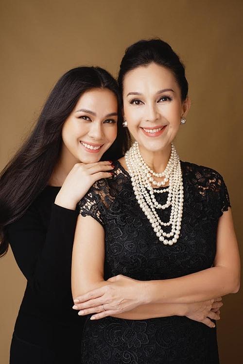 Ba cặp mẹ con 'tài sắc vẹn toàn' nổi đình đám trong giới trẻ Việt-3