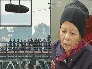 Ảnh hot nhất tuần: Bất chấp nguy hiểm, người dân Hà Nội đổ xô đi xem vớt bom