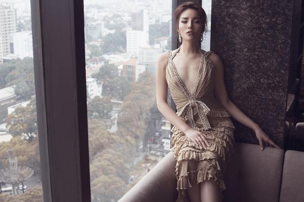 Mặc váy tòa tháp giống Tóc Tiên - Hari Won, hoa hậu Kỳ Duyên đẹp chẳng hề kém cạnh-6