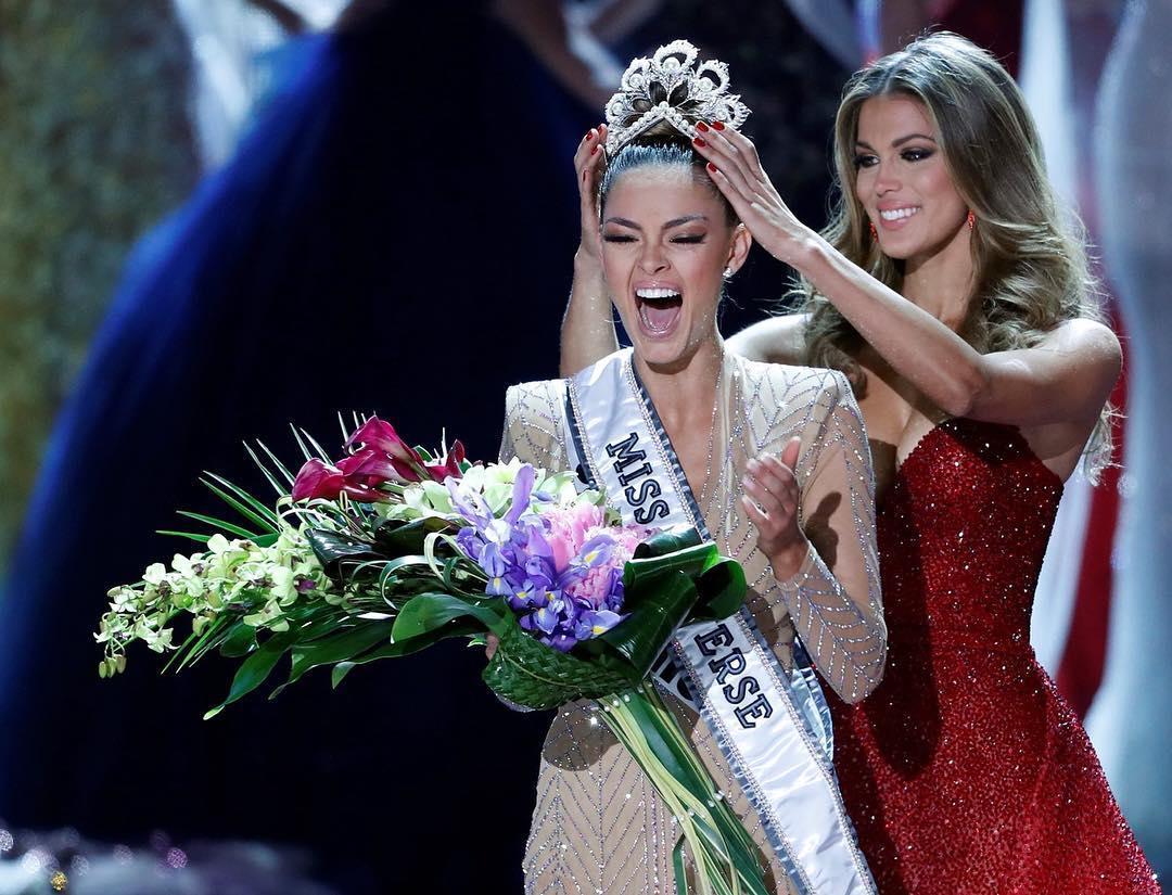 NÓNG: Vừa đăng quang, tân Hoa hậu Hoàn vũ Thế giới bị thu hồi vương miện cấp quốc gia-1