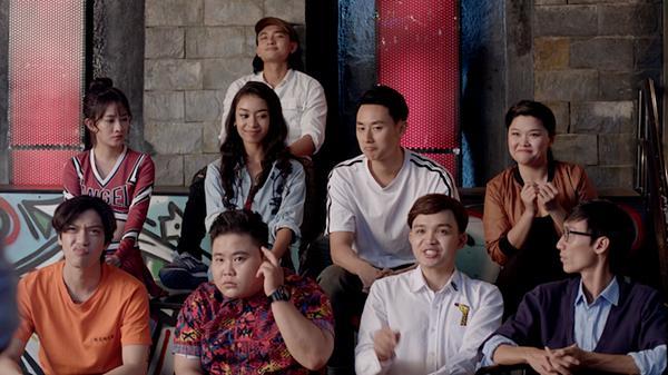 Glee: Bất chấp Hòa Minzy gạ gẫm quan hệ, Rocker Nguyễn vẫn chung thủy với Cindy V-10