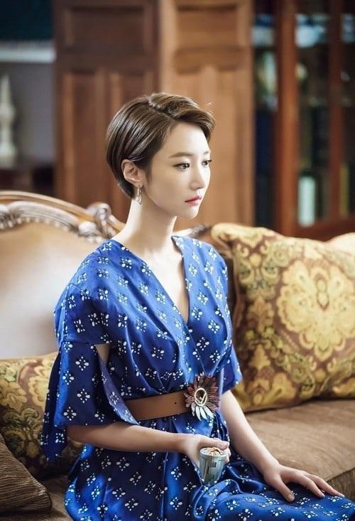 Tin sao Hàn: Go Ara chủ động trao Song Seung Hun nụ hôn ngọt ngào-7