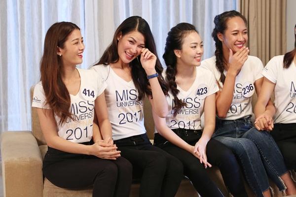 Chết cười nghe Phạm Hương chê thí sinh hoa hậu giống cô gái hái bưởi-4